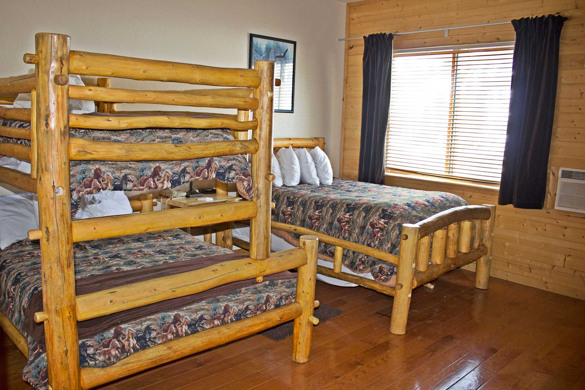 Family Bunk Bed Room